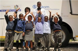 Eskom Bophelong Mobile Health Clinic medical staff and learners at Sibongindawo Primary School, Emalahleni, Mpumalanga. IMAGE SUPPLIED