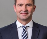 Thomas Schaefer Cchairman MD VWSA