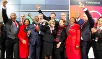 Absa celebrates its new share code, group name and new brand at the JSE on 11 July 2018 (2)