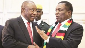 South African president Cyril Ramaphosa and his host Zimbabwean counterpart Emmerson Mnangagwa