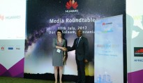 Dr. Bello Moussa, Director of   Innovation and Industries Relations Huawei(Right) and Alix Murphy,  Director  of Partnerships WorldRemit(left).