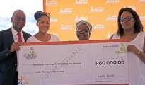 Seen here handing over the R600, 0000 cheque is Avon Justine Managing Director for Turkey, Middle East and Africa, Mr Mafahle Mareletse. Next to Mr Mareletse is Avon Justine Communications & Corporate Affairs Director, Ms Bridget Bhengu and beneficiaries of the money donated